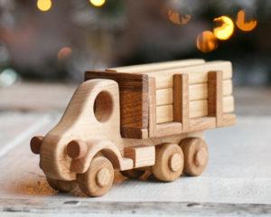 грузовик деревянный